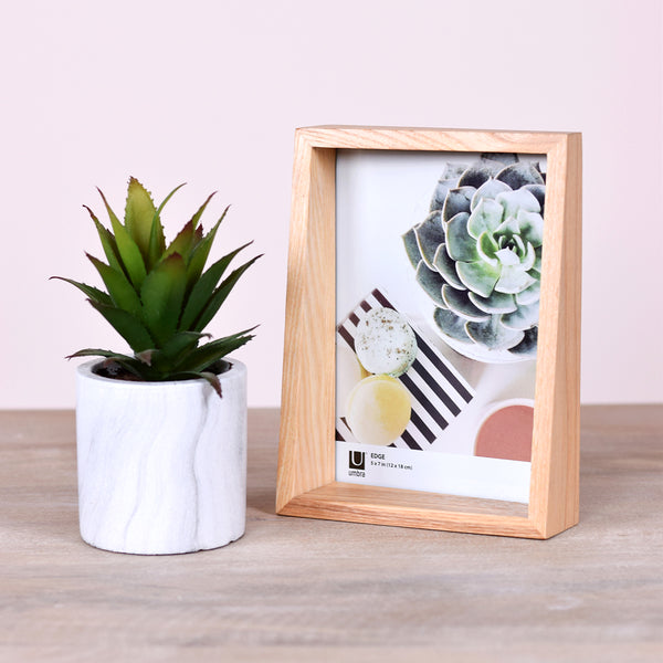 asymmetrical wooden frame
