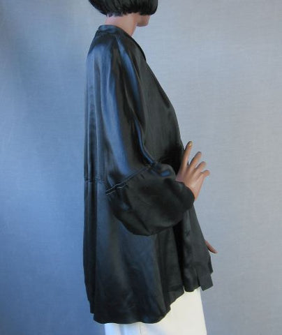 40s Vintage Black Satin Swing Jacket Coat Dramatic Sleeves L/XL