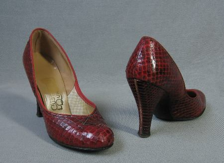 vintage 50s cobra high heeled shoes