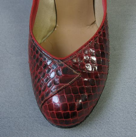 vintage 50s red cobra snakeskin shoes
