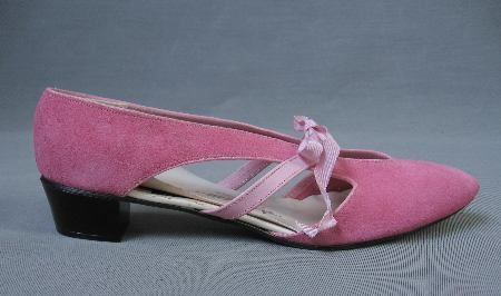 aff190c96459c 60s Vintage Flats Pink Suede Low Heel Shoes Pointy Toe New Old Stock ...