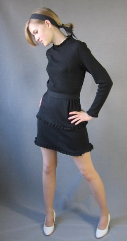 70s Mini Dress MOD Dolly Classy Vintage S M Knit