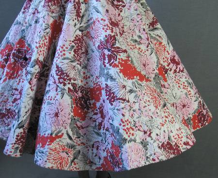 50s Circle Skirt Vintage 1950s Quilted Floral Print Rhinestones S