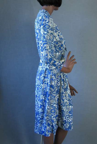 50s 60s Vintage Nylon Jersey Print Dress XL Rhinestone Buttons