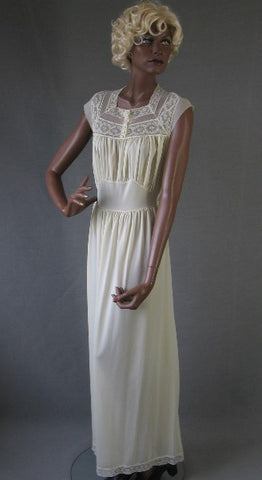 Sweet 50s 60s Vintage Nylon LACY Nightgown Gown L Munsingwear