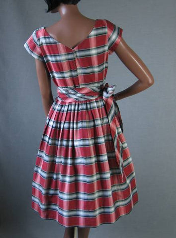 Vintage 50s Day Dress Red Gray Plaid Cotton w Sash S M