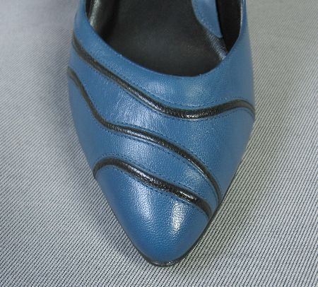Gloria Vanderbilt 80s Vintage Heels Shoes Pumps 8 Blue