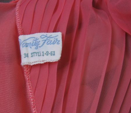 1950s vintage Vanity Fair nightgown label