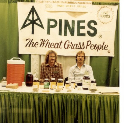 Steve with one of Pines' stockholders at a Trade Show in 1980.