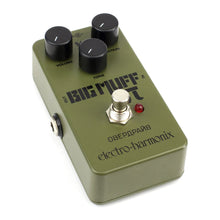 Electro-Harmonix Green Russian Big Muff Distortion Sustainer Pedal