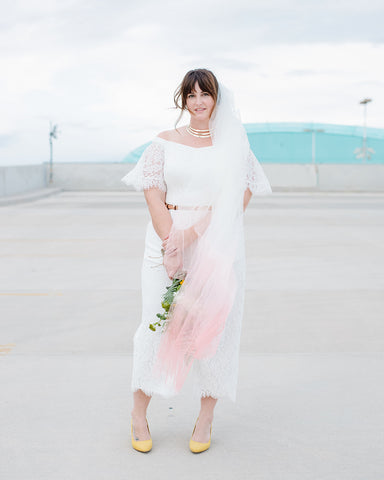 las vegas elopement dip dye ombre coral pink veil crown and glory