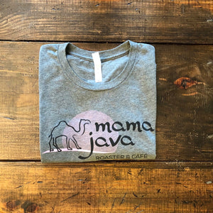Gray and pink mama java t-shirt on a wooden background