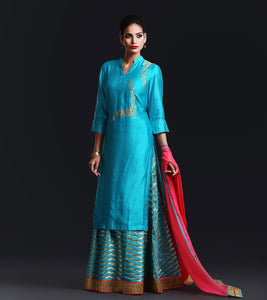 Blue Banarsi leheria silk lenga skirt with blue silk applique kurta