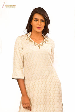 Chanderi Kurta with zardozi hand Embroidery on Neck combined with Pants