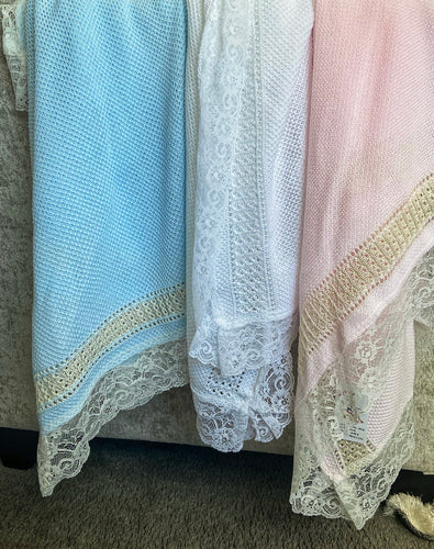 LUXURY LARGE LACE SHAWL