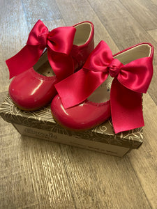 Clearance shoe fuscia size 22 (uk 5)