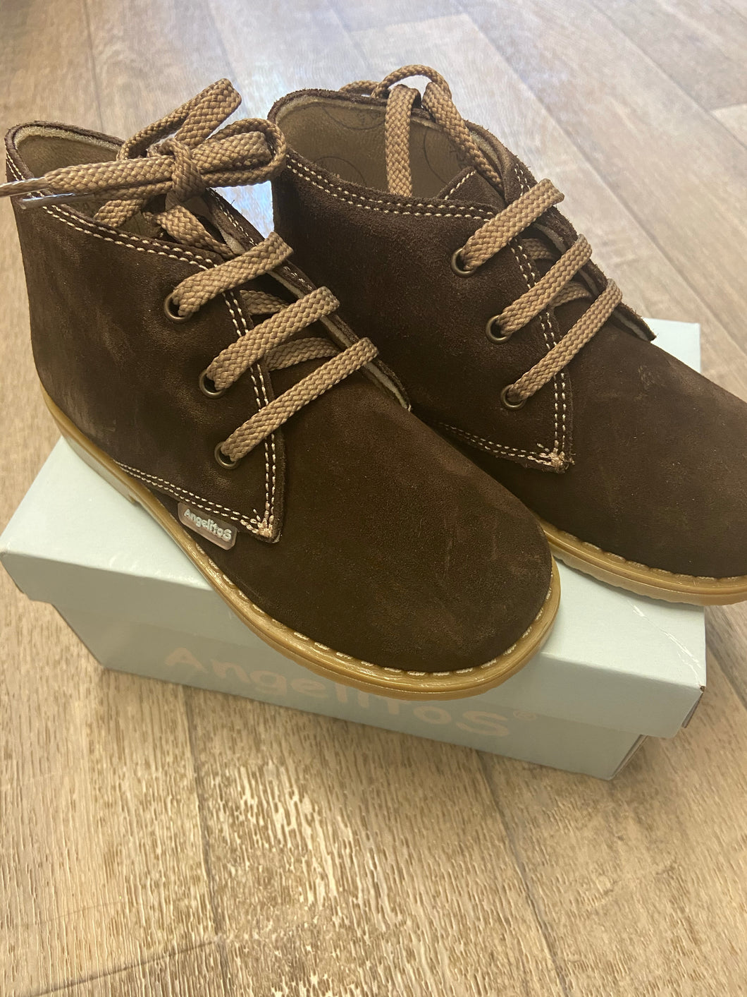 Clearance shoe brown size 26 (uk 8.5)