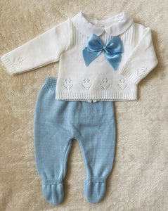 White/blue set