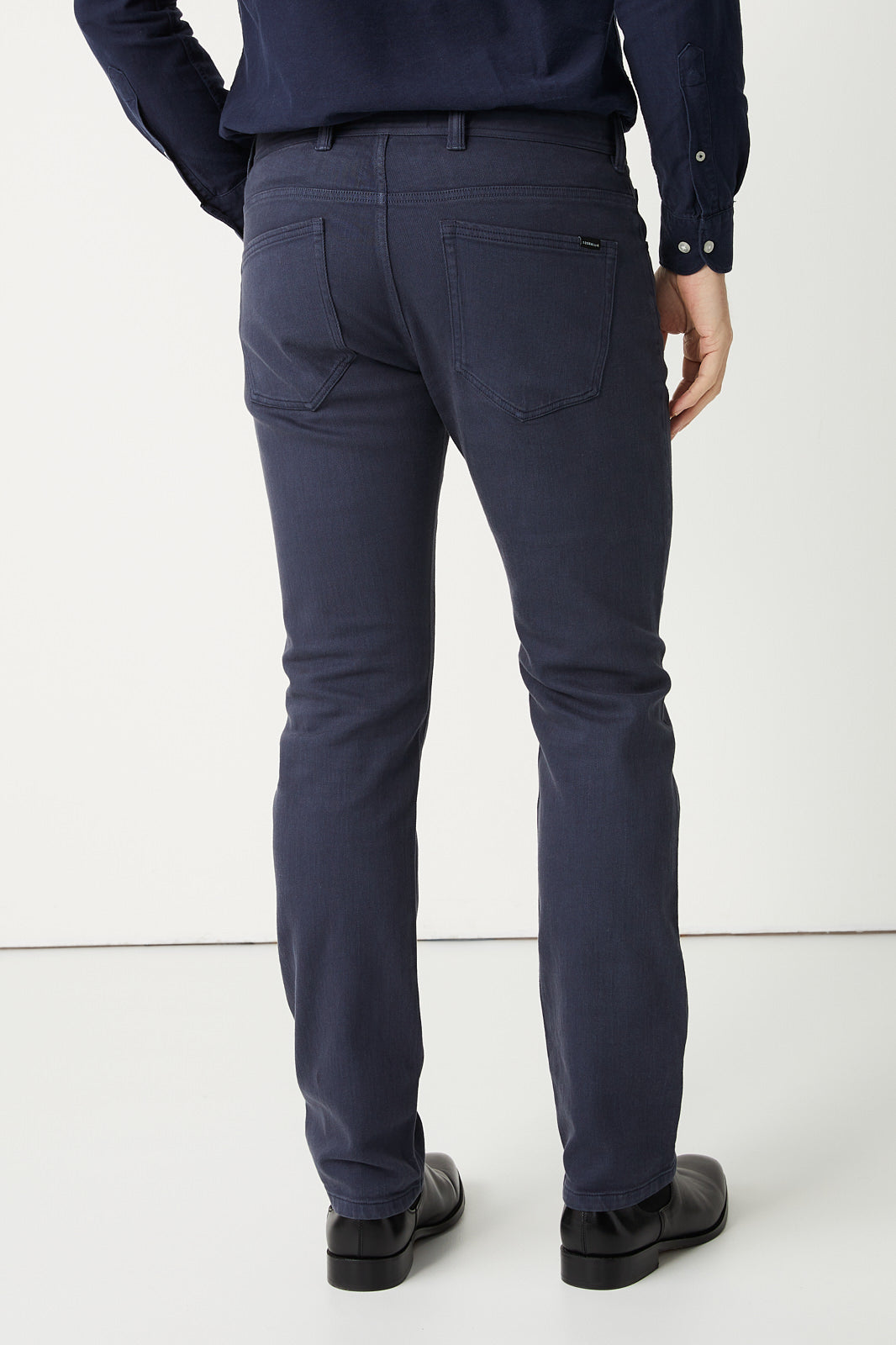 Ando Regular Straight Leg Jean in Blue Stone or Black