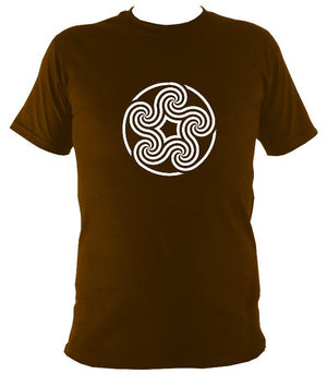 Swirling Celtic Five Spiral T-shirt - T-shirt - Dark Chocolate - Mudchutney