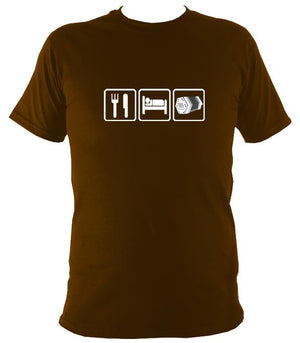 Eat, Sleep, Play Concertina T-shirt - T-shirt - Dark Chocolate - Mudchutney