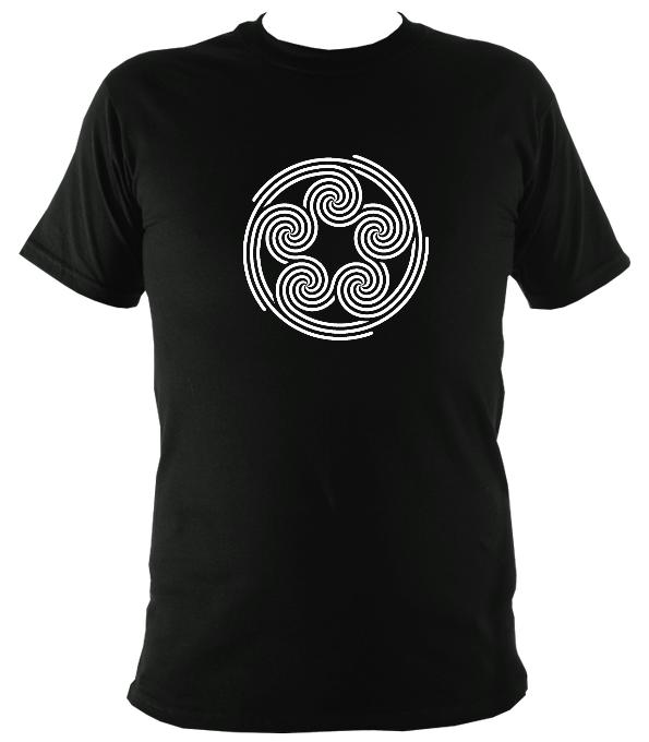 Modern Celtic Five Spirals T-shirt - T-shirt - Black - Mudchutney
