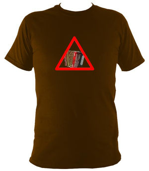 Warning Melodeon T-Shirt - T-shirt - Dark Chocolate - Mudchutney