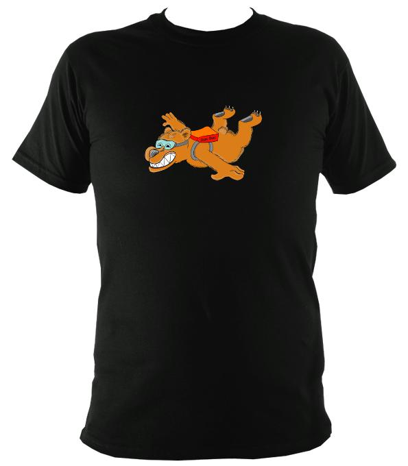 Dare Bear T-Shirt - T-shirt - Red - Mudchutney
