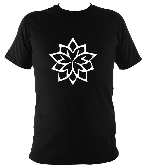 Five Sided Geometric Flower T-Shirt - T-shirt - Black - Mudchutney