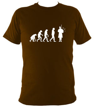 Evolution of Bagpipe Players T-shirt - T-shirt - Dark Chocolate - Mudchutney