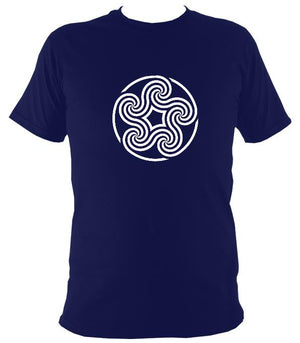 Swirling Celtic Five Spiral T-shirt - T-shirt - Navy - Mudchutney