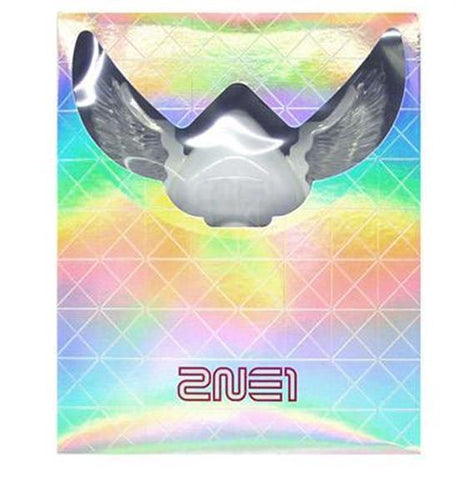 <strong>2NE1 | 투애니원</strong> OFFICIAL LIGHT STICK VERSION 2