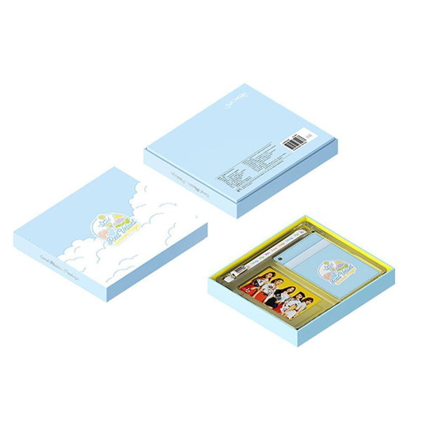 95caa886 MUSIC PLAZA Goods RED VELVET CARD HOLDER PACKAGE - OFFICIAL LIMITED MD