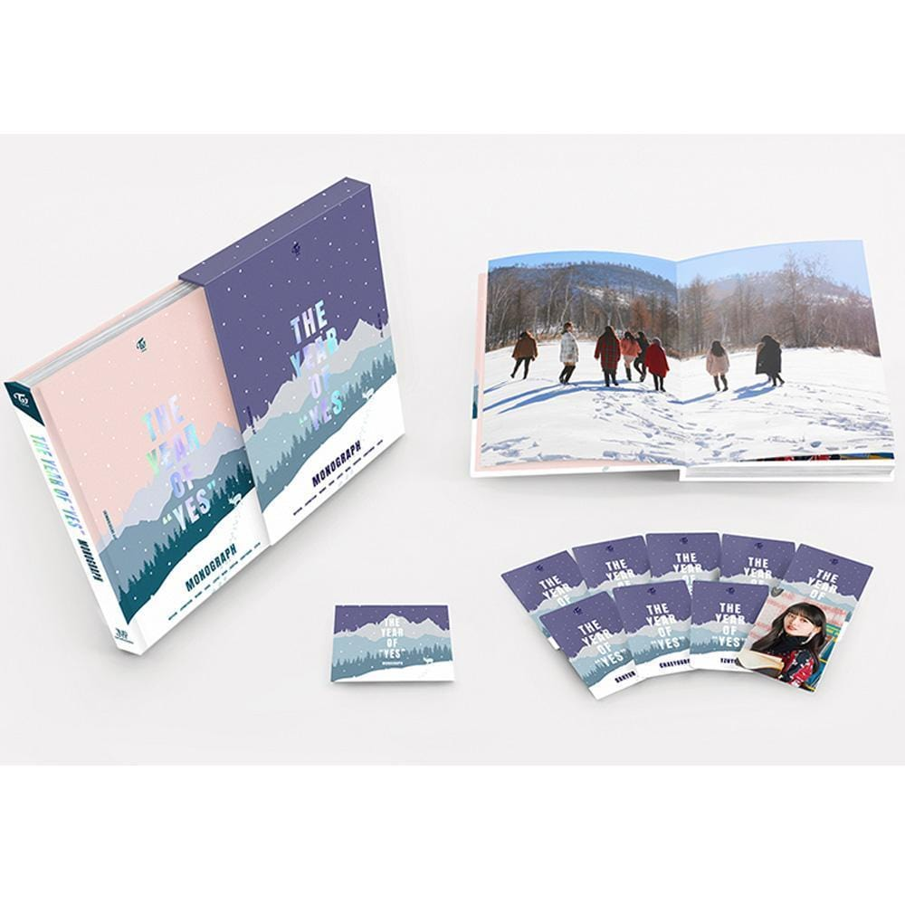 "MUSIC PLAZA Photo Book 트와이스 | TWICE MONOGRAPH PHOTOBOOK [ The year of "" YES "" ]"