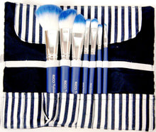 Deluxe 7-Piece Brush Set with Chic Bag