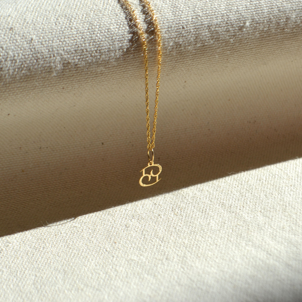 10k solid gold Cancer zodiac sign pendant, Safran Collection