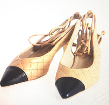 Kitten Heeled Shoes With a Adjustable Strap