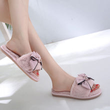 Pretty bow slippers pink