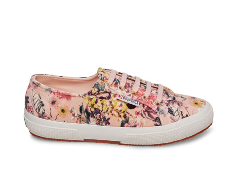 7a02119f3603 Women s Sneakers and Shoes on Sale l Superga USA