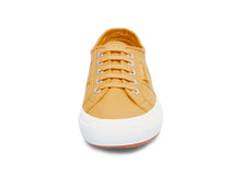 2750 COTU CLASSIC BEIGE TAFFY - Women's and Men's