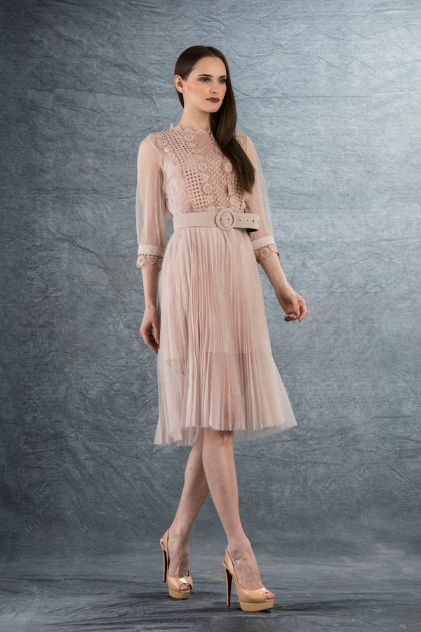 Chiarra Lace Midi Dress Pink