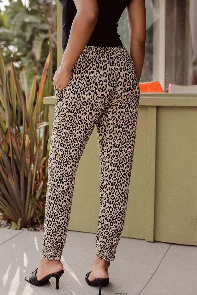 Load image into Gallery viewer, Animal Print Jogger
