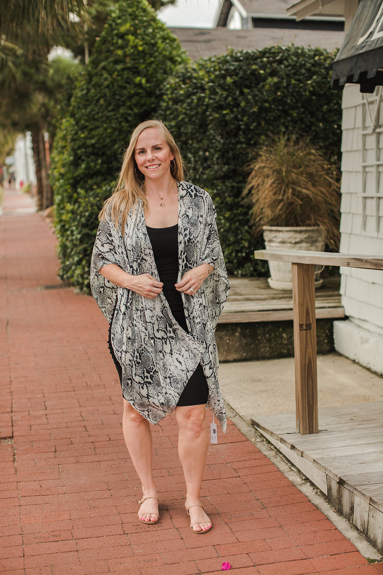 Gallery Open Cardigan - Snake Print