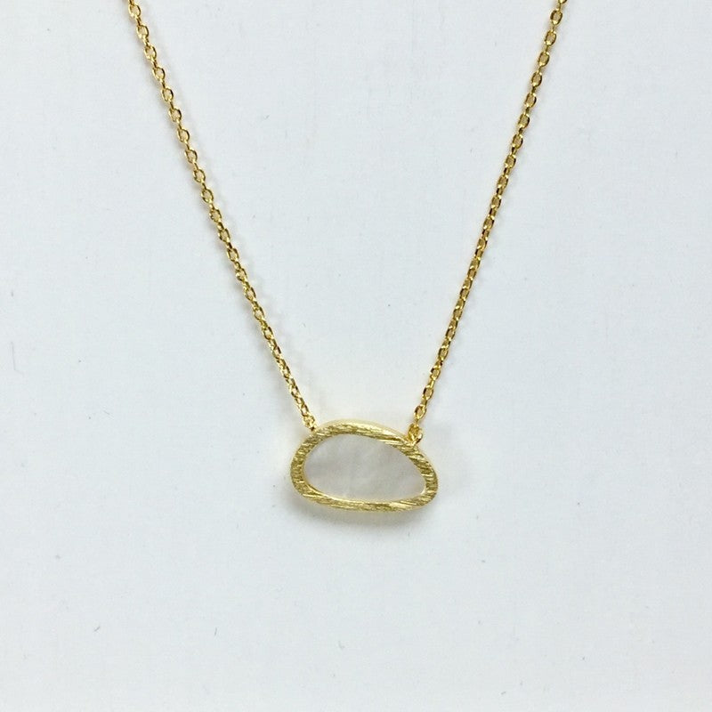 Mother of Pearl Oval Necklace - Jaffi's