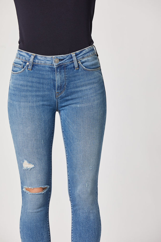 Load image into Gallery viewer, Nico Mid-Rise Super Skinny Ankle Jean Detail Shot - Slimming denim that is great for ever-day wear. Dress it up for a photoshoot under the sun! Dress it down for a day of lounging around or running errands.