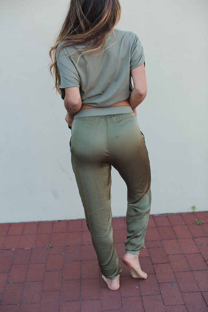 Load image into Gallery viewer, Lidia Satin/Knit Mix Relaxed Jogger