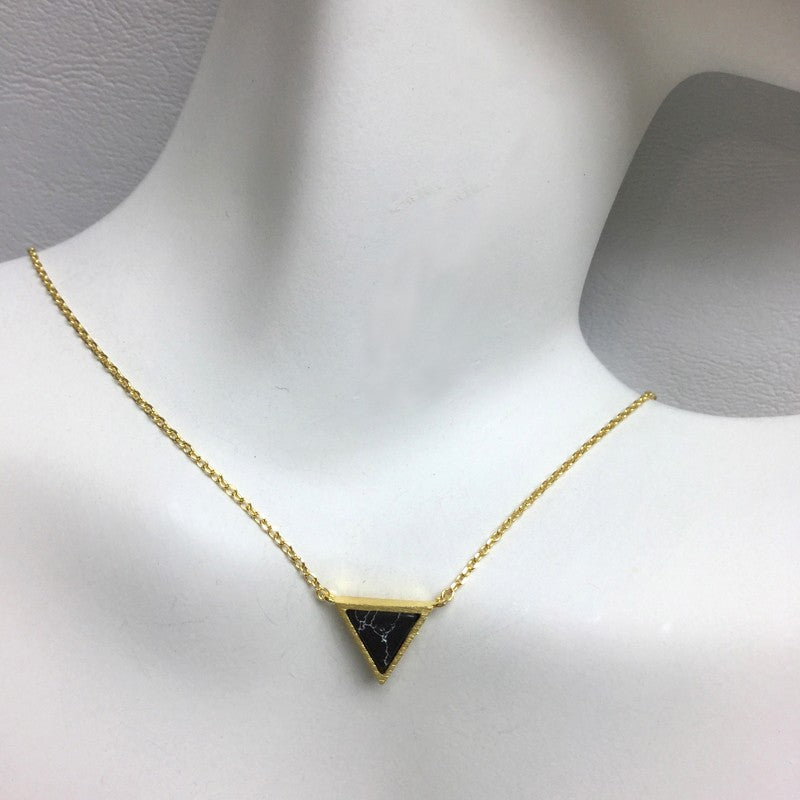 Load image into Gallery viewer, Triangle Stone Necklace