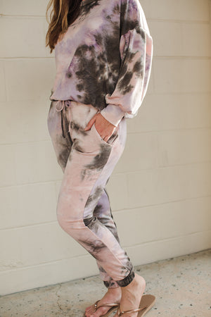 Load image into Gallery viewer, Tie Dye Pocket Jogger - Pink/Brown Tie Dye - Leg View