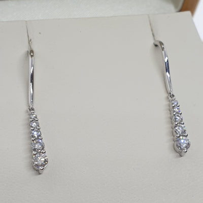 Graduated Drop Diamond Earrings - 11-04-541