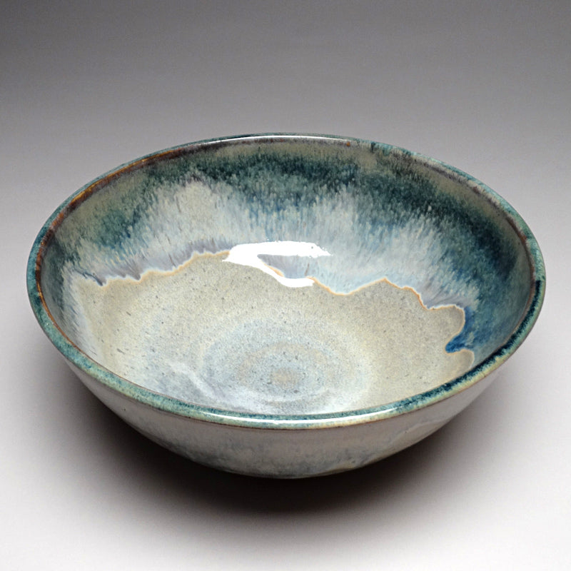 Medium Serving Bowl in Blue Ridge Glaze